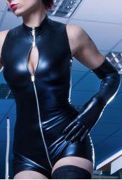 Gant long noir laqué