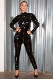 Catsuit intégrale en vinyle noir